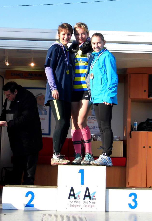 Depart_cross_Podium_Celia.jpg
