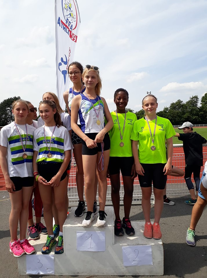 Podium_4_X_60m_Benjamines_deepartx_Record_club.jpg